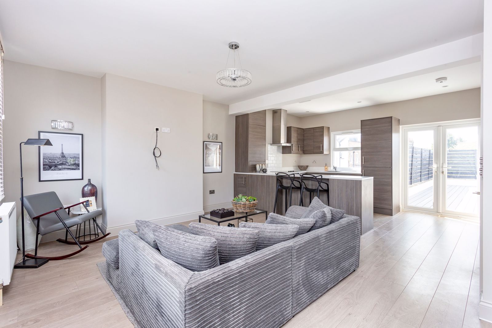 4 Bedroom Apartment For Sale in London, N1
