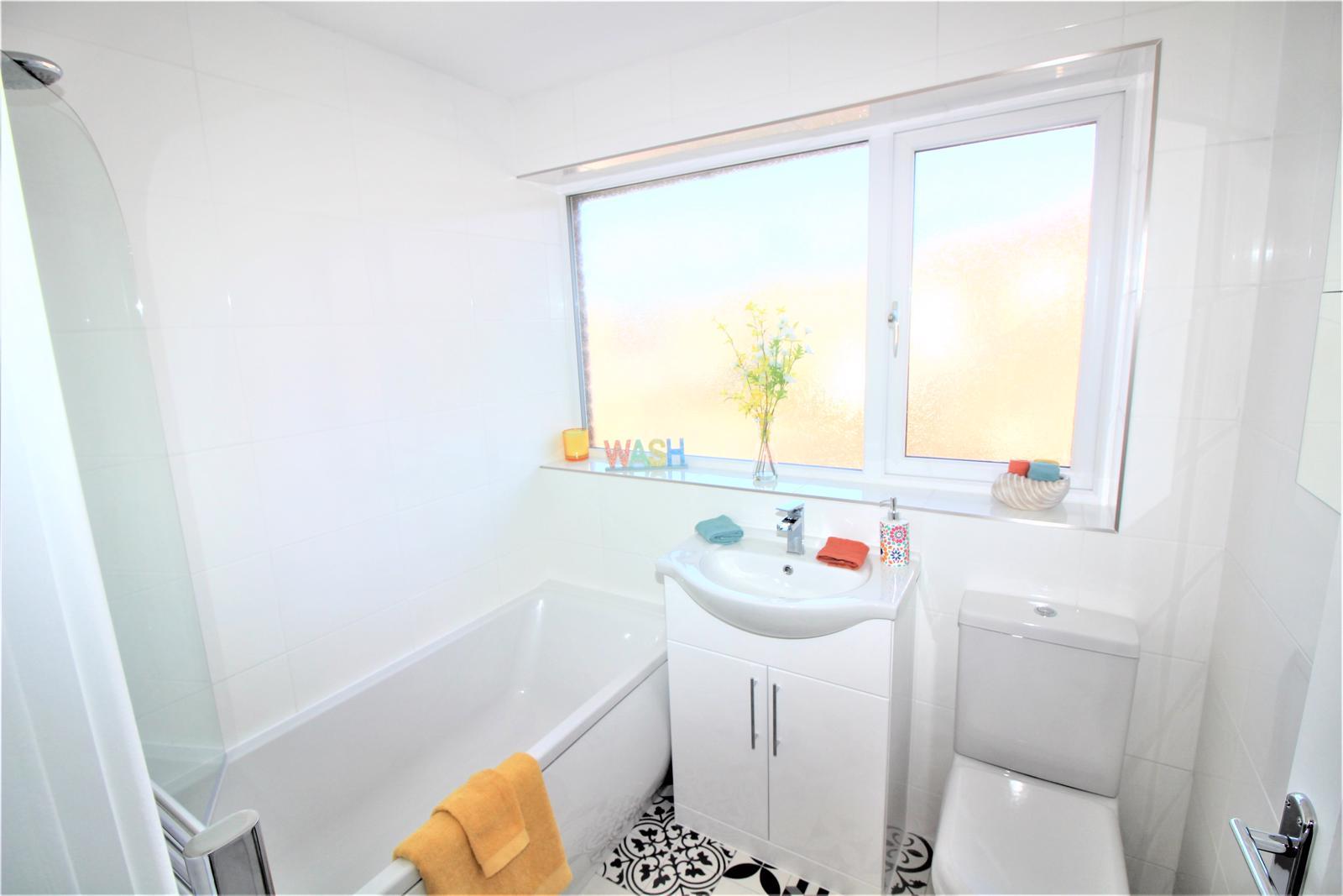 4 Bedroom Semi Detached House Sold In Ossett Wf5