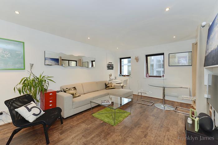 1 Bedroom Flat Sold in London, E14